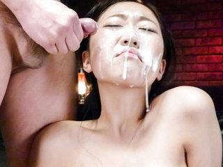 Cum craving Akina Nakahara gets fucked and cummed